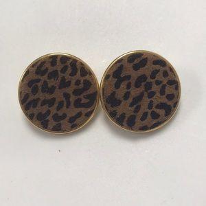 Jewelry - VINTAGE Cheetah Print Earrings